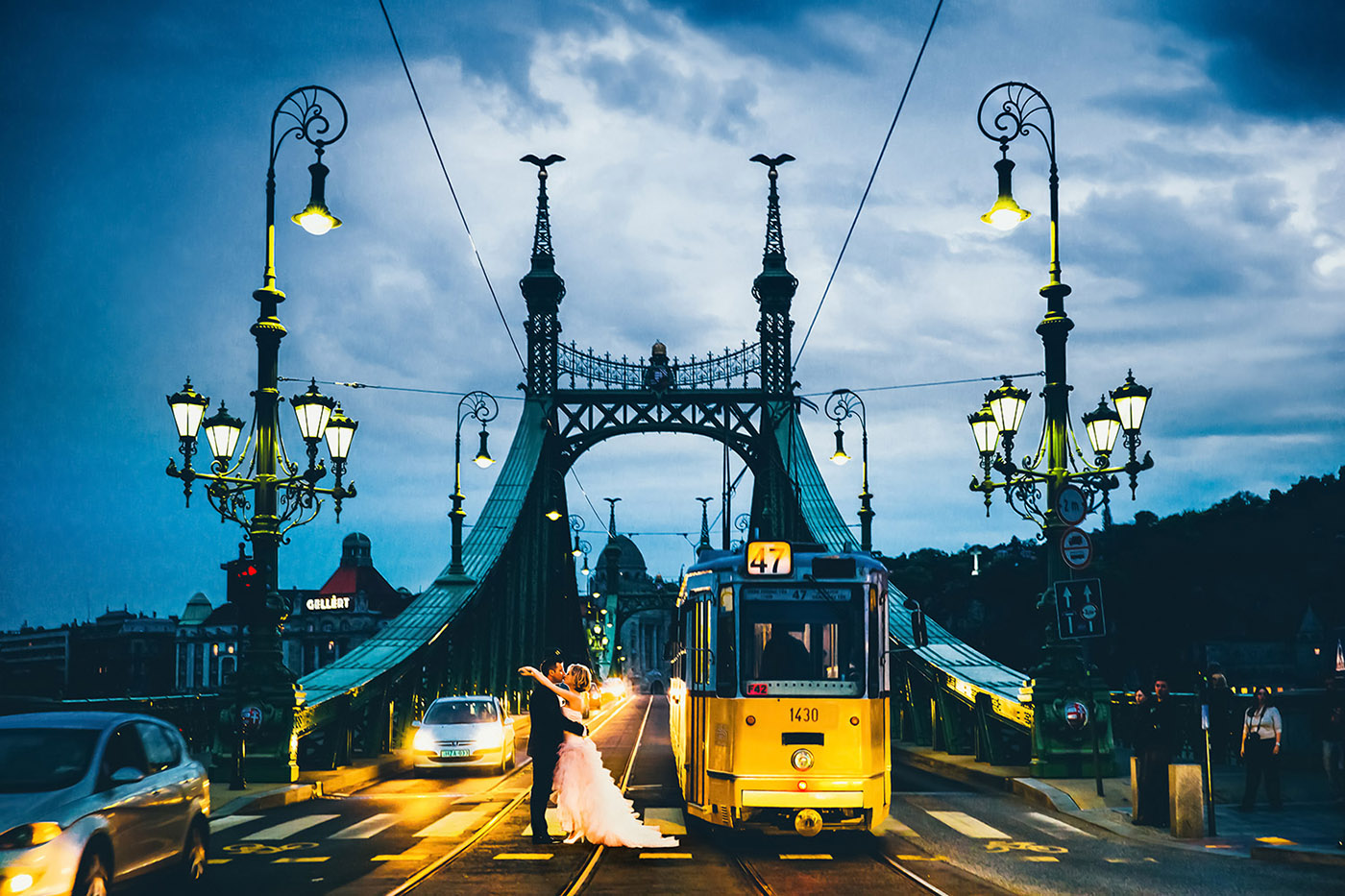getting-married-in-budapest-01